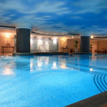 Hotel pools de humidifiers ventilation units for Pool ventilation design